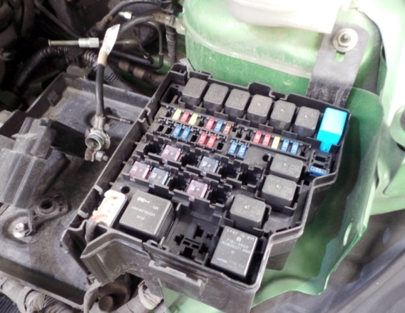 fuse box diagram mazda 2 de relay with assignment and their location  about fuses and relay